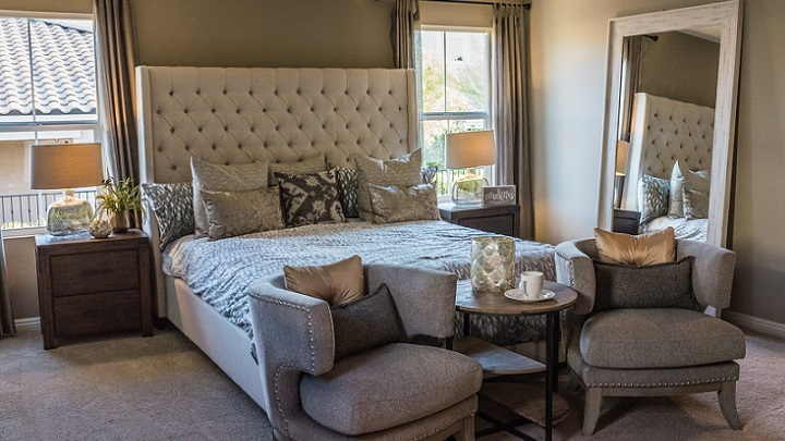 decorating tips for a more relaxing bedroom